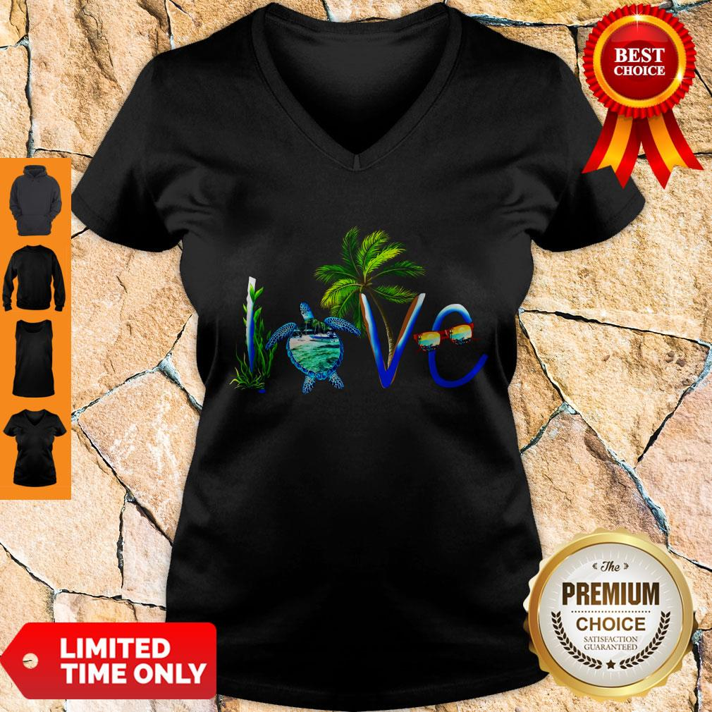 Awesome Summer Vibe Turtle Love V-neck