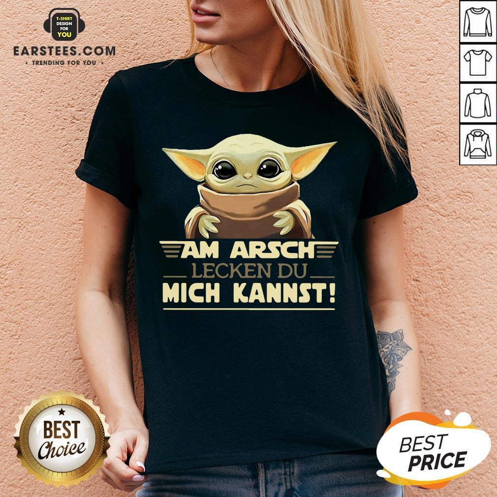 Baby Yoda Am Arsch Lecken Du Mich Kannst V-neck - Design By Earstees.com