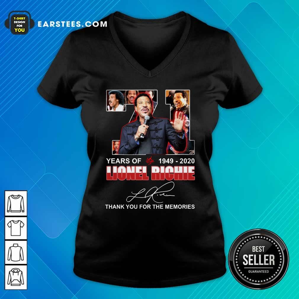 71 Year Of 1949 2020 Lionel Richie Signature Thank You For The Memories V-neck - Design By Earstees.com