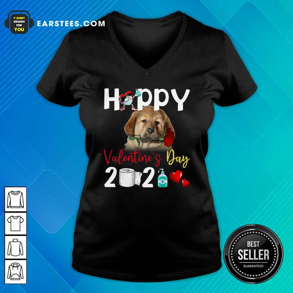 Tibetan Mastiff Happy Valentines Day With Toilet Paper 2021 V-neck- Design By Earstees.com