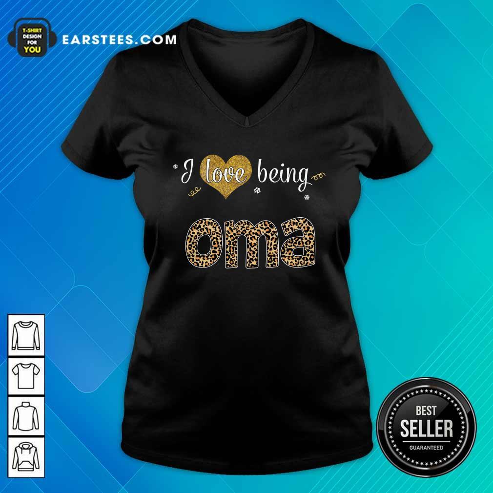 I Love Being Oma V-neck- Design By Earstees.com