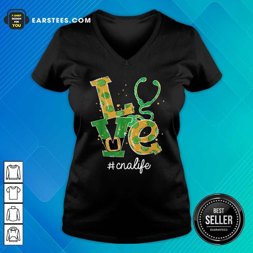 Love Nurse CNA Life St Patricks Day V-neck- Design By Earstees.com