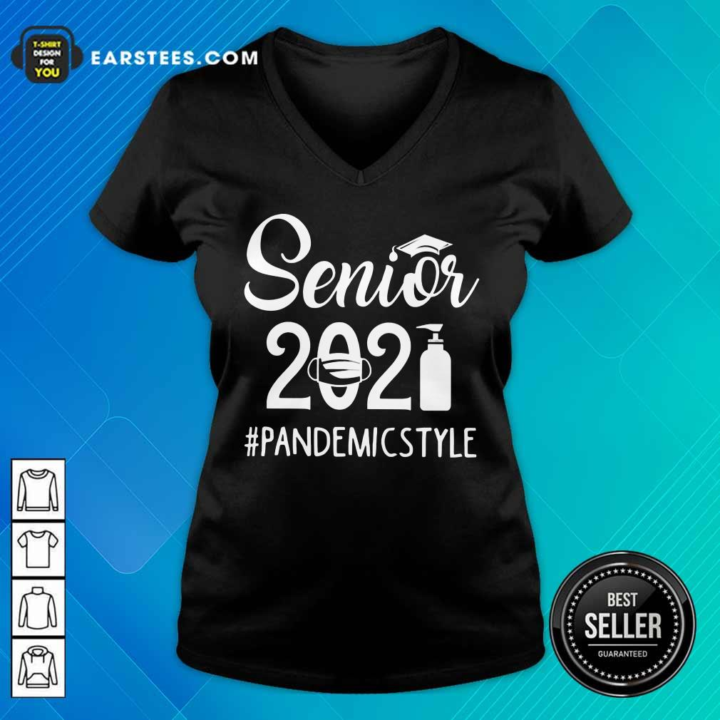 Top Seniors 2021 Pandemic V-neck