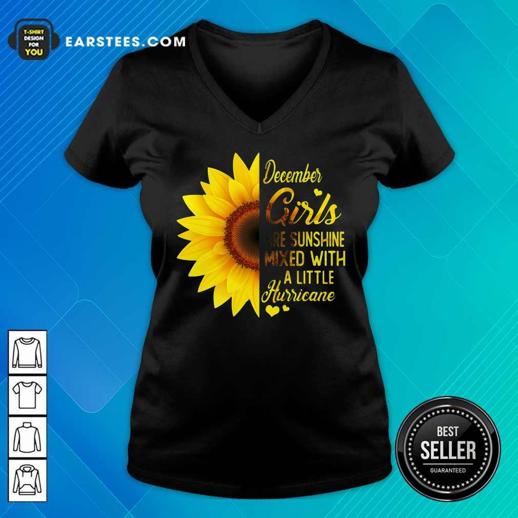 Good December Girls Are Sunshine Mixed Hurricane Sunflower V-neck