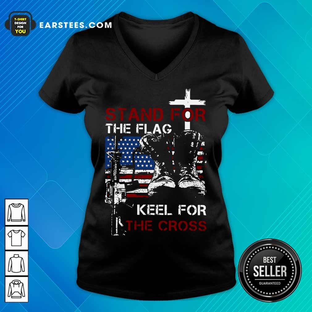 Nice Stand For The Flag Keel For The Cross V-Neck