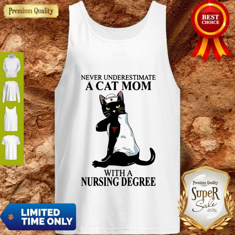 Awesome Black Cat Never Underestimate A Cat Mom With A Nursing Degree Tank Top