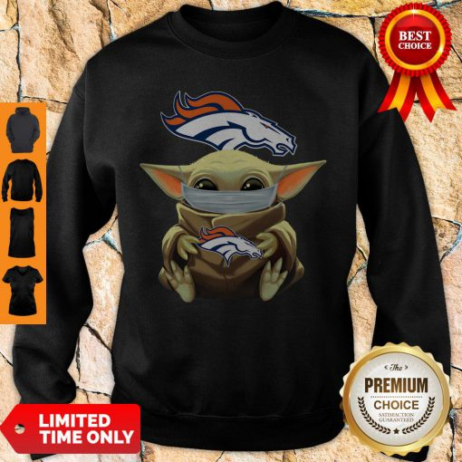 Top Baby Yoda Face Mask Denver Broncos Tee Sweatshirt