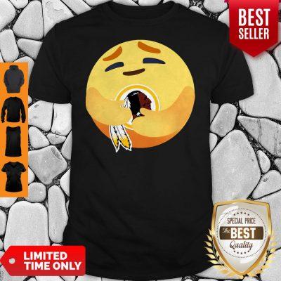 Funny Love The Washington Redskins Love Hug Facebook Care Emoji Shirt