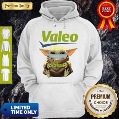 Good Star Wars Baby Yoda Hug Valeo Mask Covid 19 Hoodie