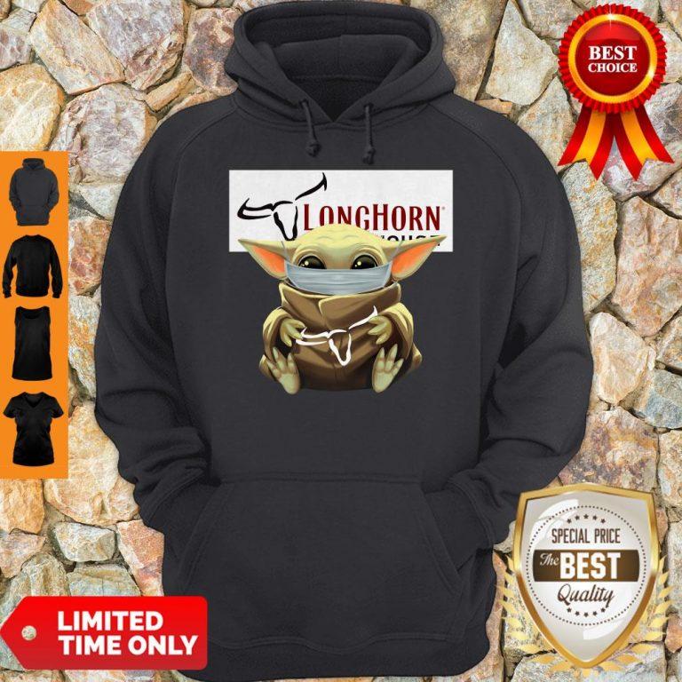 Nice Baby Yoda Mask Hug Longhorn Steakhouse Hoodie