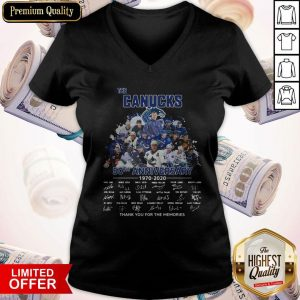 Funny The Canucks 52th Anniversary 1970 2020 Thank You For The Memories Signatures V-neck