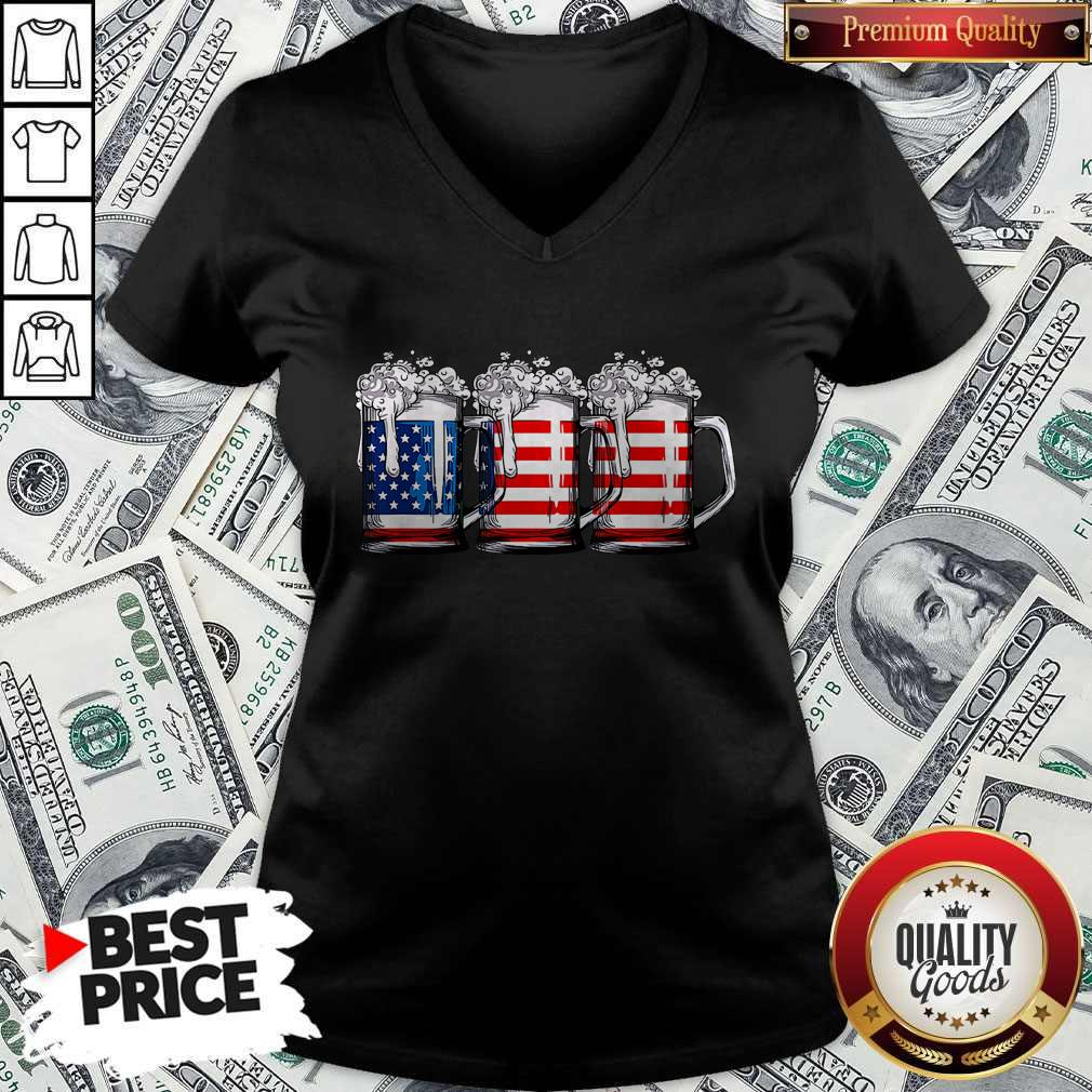 Official Beer America Happy Independence Day V-neck