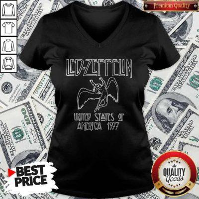 Nice Led Zeppelin United States Of America 1977 V-neck