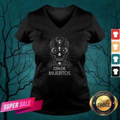 Sugar Skull Simple Dia De Muertos Vintage V-neck