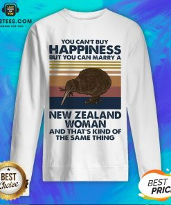 Nice Kiwi Bird You Can't Buy Happiness But You Can Marry A New Zealand Woman Vintage Retro Sweatshirt - Design By Earstees.com