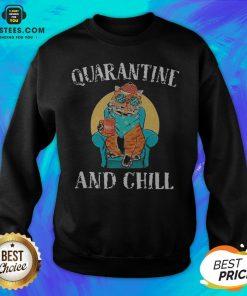 Good Cat Quarantine And Chill 2020 Sweatshirt - Design By Earstees.com
