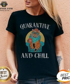 Good Cat Quarantine And Chill 2020 V-neck - Design By Earstees.com