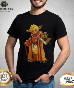 Nice Master Yoda Freemason Brother T-Shirt - Design By Earstees.com