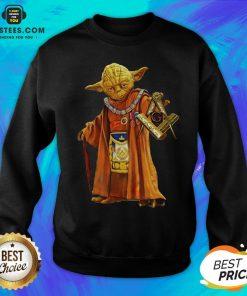 Nice Master Yoda Freemason Brother Sweatshirt - Design By Earstees.com