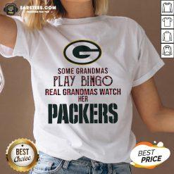 Pretty Some Grandmas Play Bingo Real Grandmas Watch Her Packers V-neck - Design By Earstees.com