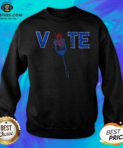 Vote Truth Over Flies Fly Swatter Biden 2020 Sweatshirt - Design By Earstees.com