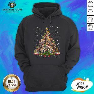 Nice Giraffe Christmas Tree Ornament Decor Hoodie - Design By Earstees.com