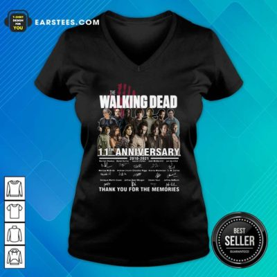 The Walking Dead 11th Anniversary 2010 2021 Thank You For The Memories Signatures V-neck - Design By Earstees.com