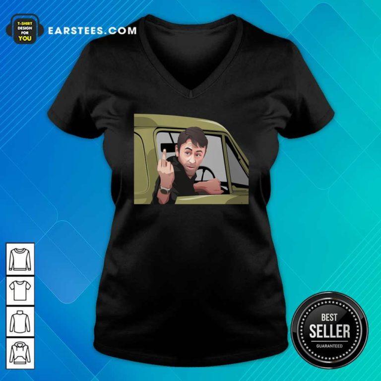 Swivel On That V-neck - Design By Earstees.com