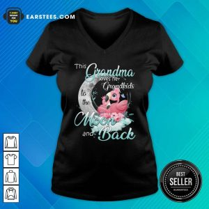 Flamingo This Grandma Loves Her Grandkids To The Moon And Back V-neck - Design By Earstees.com