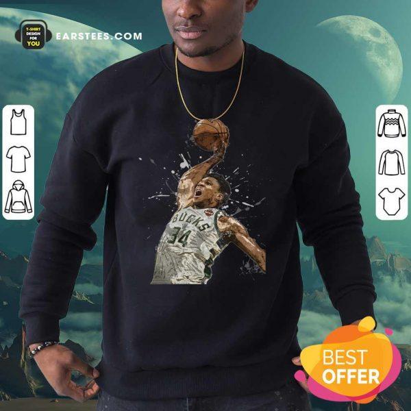 Giannis Antetokounmpo 34 Bucks Jersey Basketball Sweatshirt - Design By Earstees.com