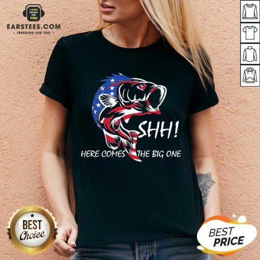 Hot American Flag Fishing Great 86 V-neck