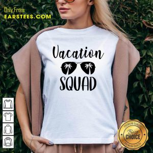 Top Vacation Squad V-neck